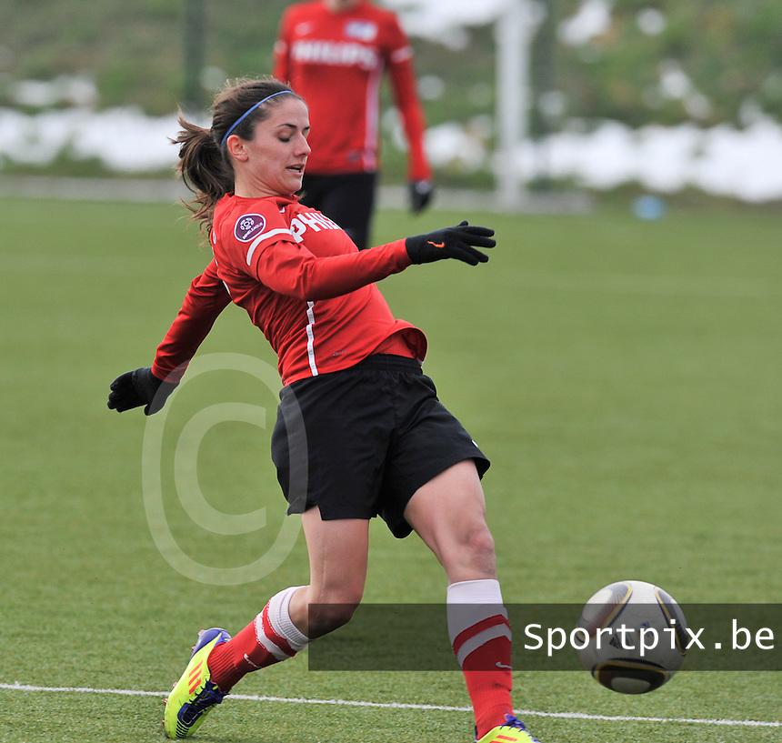 RSC Anderlecht Dames - PSV / FC Eindhoven : ..Danielle van de Donk aan de bal.foto David Catry / Vrouwenteam.be