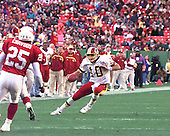Washington Redskins quarterback Trent Green (10) carries the ball against the Arizona Cardinals at Jack Kent Cooke Stadium in Raljon, Maryland on November 22, 1998.  The Cardinals won the game 45 - 42.<br /> Credit: Arnie Sachs / CNP