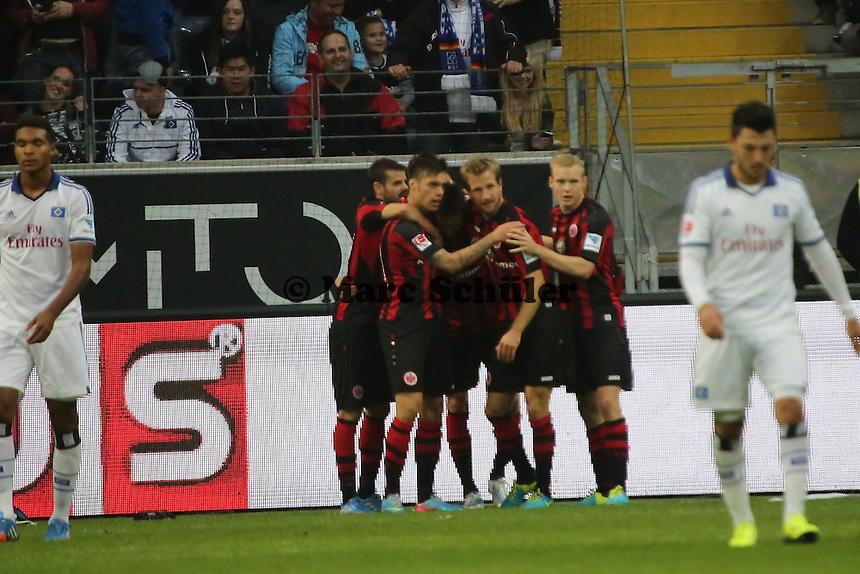 Torjubel Eintracht um Johannes Flum beim 1:0 - Eintracht Frankfurt vs. Hamburger SV, Commerzbank Arena
