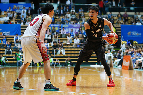 "Kosuke Kanamaru (Aisin), MAY 30, 2016 - Basketball : National Basketball League ""NBL"" Playoff FINALS 2015-2016 GAME 3 match between Toshiba Brave Thunders 88-73 AISIN SeaHorses Mikawa at Ota-City General Gymnasium, Tokyo, Japan.  (Photo by Sho Tamura/AFLO SPORT)"