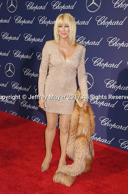 PALM SPRINGS, CA - JANUARY 02: Actress Suzanne Somers attends the 28th Annual Palm Springs International Film Festival Film Awards Gala at the Palm Springs Convention Center on January 2, 2017 in Palm Springs, California.