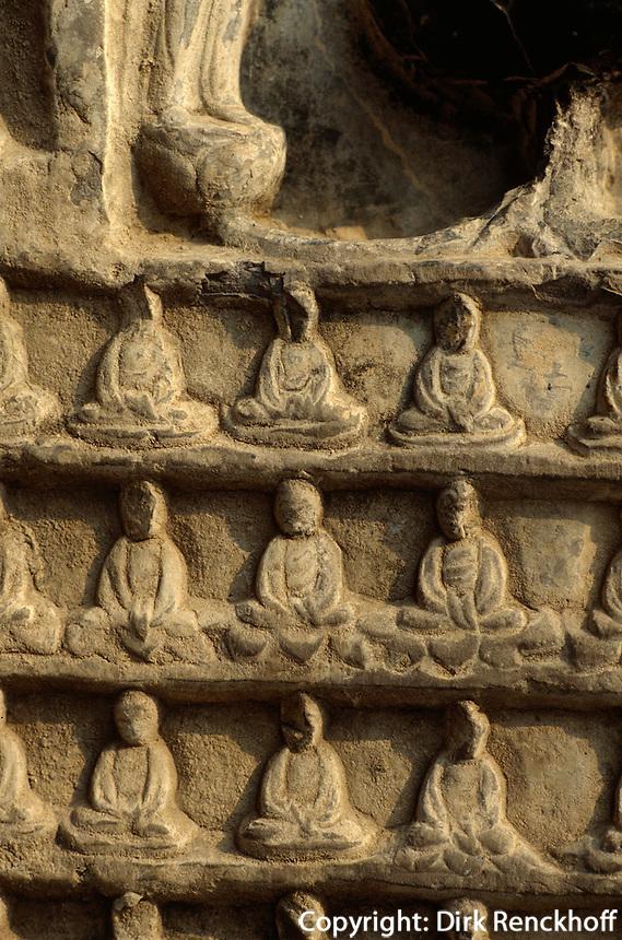 China, Longmen-Grotten in Luoyang, 10 0000 Buddhahöhle (Wan Fo) aus der Tangzeit, Unesco-Weltkulturerbe