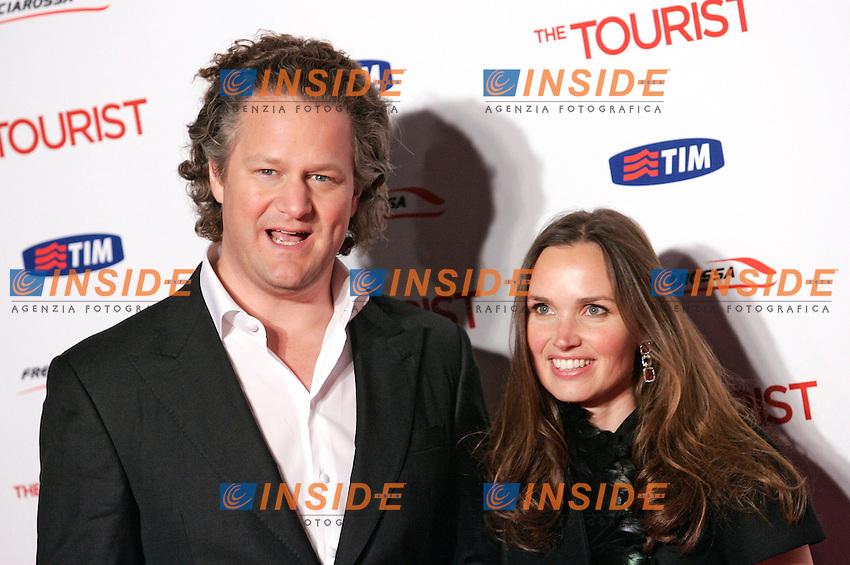 FLORIAN HENCKEL CON LA MOGLIE - FLORIAN HENCKEL WITH WIFE.Roma 15/12/2010 The Tourist - Red Carpet premiere.Photo Zucchi Insidefoto