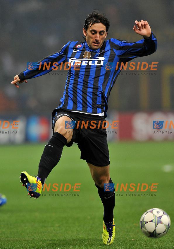 "Diego MILITO (Inter).Milano 2/11/2011 Stadio ""Giuseppe Meazza"".Champions League 2011/2012.Football Calcio Inter Vs Lille.Foto Insidefoto Alessandro Sabattini."
