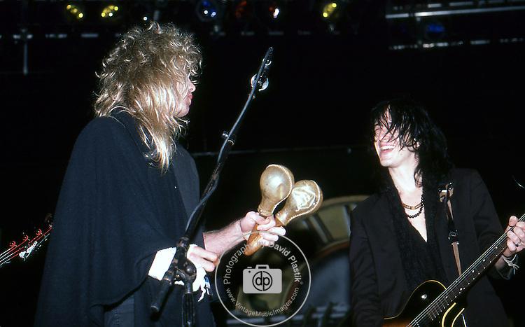 Guns-N-Roses-73.jpg