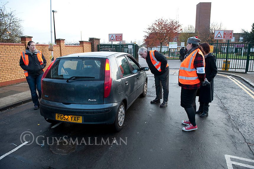 NUT strike at Langdon school Newham. 24-11-11