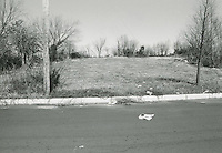 1998 February ..Conservation.Campostella Heights..Campostella Heights Study.Vacant lot with debris..Lot 9 on Arlington Avenue looking North...NEG#.NRHA#.02/98  SPECIAL: Camp.1 1:14:2.