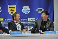 VOETBAL: LEEUWARDEN: 08-11-2015, SC Cambuur - FC Groningen, uitslag 2-2, Cambuur trainer/coach Henk de Jong en trainer/coach van Groningen Erwin van de Looi, ©foto Martin de Jong
