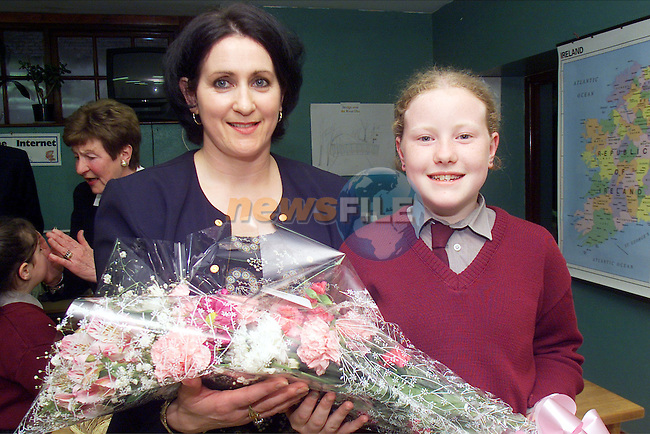 Rebecca Taffe presents teacher Mary Rooney with flowers at the awrds night in St Mary's NS in Ardee..Picture: Arthur Carron/Newsfile