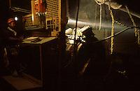 SUDAFRICA - Kimberley, miniera di diamanti di Bultfontein ( Miniere De Beers): un minatore al lavoro all'interno di una galleria.