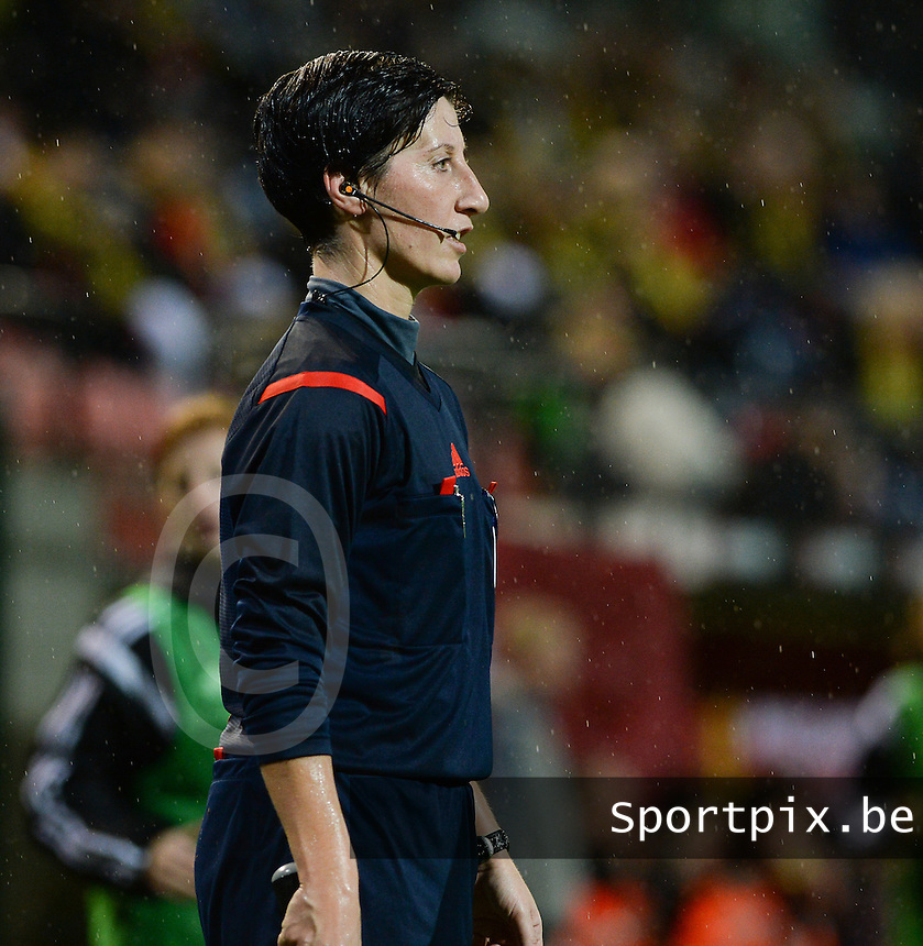 20151130 - LEUVEN ,  BELGIUM : German referee Marina Wozniak pictured during the female soccer game between the Belgian Red Flames and Serbia , the third game in the qualification for the European Championship in The Netherlands 2017  , Monday 30 November 2015 at Stadion Den Dreef  in Leuven , Belgium. PHOTO DAVID CATRY