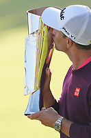 Adam Scott (AUS) kisses the trophy after the final round of the The Genesis Invitational, Riviera Country Club, Pacific Palisades, Los Angeles, USA. 16/02/2020<br /> Picture: Golffile | Phil Inglis<br /> <br /> <br /> All photo usage must carry mandatory copyright credit (© Golffile | Phil Inglis)