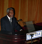 Kofi Annan.Attending the United Nations Association of USA Global Leadership Dinner honoring Oprah Winfrey with the Global Humanitarian Action Award at the Waldorf Astoria Hotel in New York City..September 30, 2004.© Walter McBride /