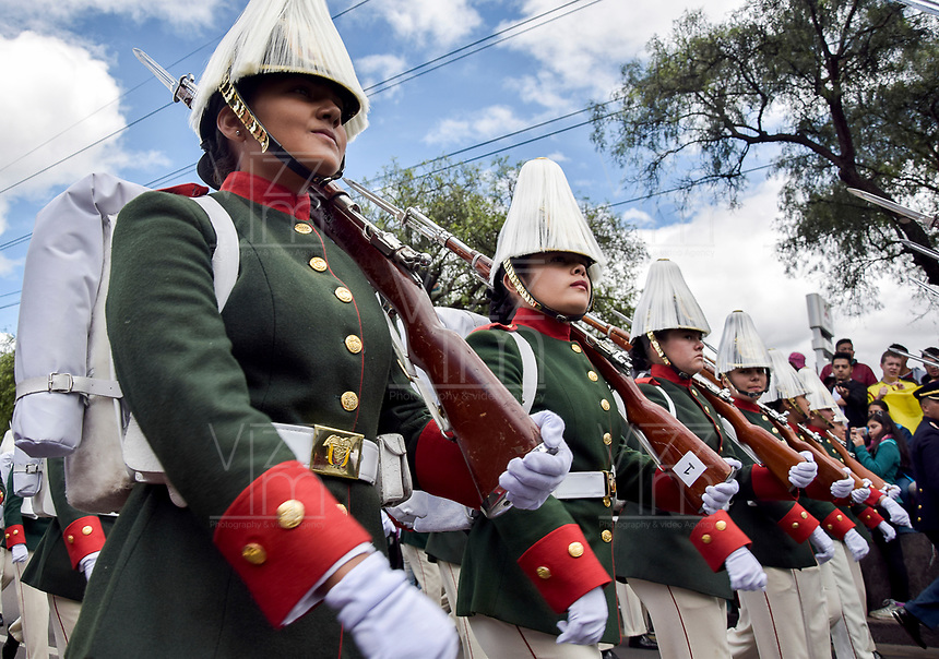 BOGOTÁ - COLOMBIA, 20-07-2018: Mujeres del ejercito durante el desfile Militar del 20 de Julio con motivo del 208 Aniversario de la Independencia de Colombia realizado por las calles de la ciudad de Bogotá. / Women of the army during July 20th Military Parade on the occasion of the 208th Anniversary Independence of Colombia that took place trough the streets of Bogota city. Photo: VizzorImage / Nicolas Aleman / Cont