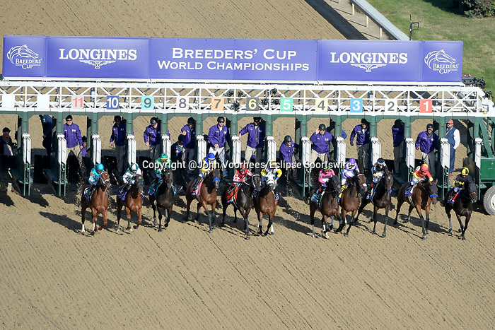November 3, 2018: The field breaks from the gate in the Longines Breeders' Cup Distaff on Breeders' Cup World Championship Saturday at Churchill Downs on November 3, 2018 in Louisville, Kentucky. John Voorhees/Eclipse Sportswire/CSM