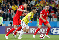 MOSCU - RUSIA, 03-07-2018: Radamel FALCAO GARCIA (Der) jugador de Colombia disputa el balón con John STONES (Izq) jugador de Inglaterra durante partido de octavos de final por la Copa Mundial de la FIFA Rusia 2018 jugado en el estadio del Spartak en Moscú, Rusia. / Radamel FALCAO GARCIA (R) player of Colombia fights the ball with John STONES (L) player of England during match of the round of 16 for the FIFA World Cup Russia 2018 played at Spartak stadium in Moscow, Russia. Photo: VizzorImage / Julian Medina / Cont