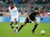 FUSSBALL   CHAMPIONS LEAGUE   SAISON 2012/2013   GRUPPENPHASE   FC Bayern Muenchen - LOSC Lille                          07.11.2012 Salomon Kalou (li, LOSC Lille) gegen Javi , Javier Martinez (FC Bayern Muenchen)
