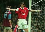 Tony Adams of Arsenal - Barclays Premier League - Aston Villa v Arsenal - Villa Park Stadium - Birmingham - England - 2nd December 1995 - Picture Simon Bellis/Sportimage