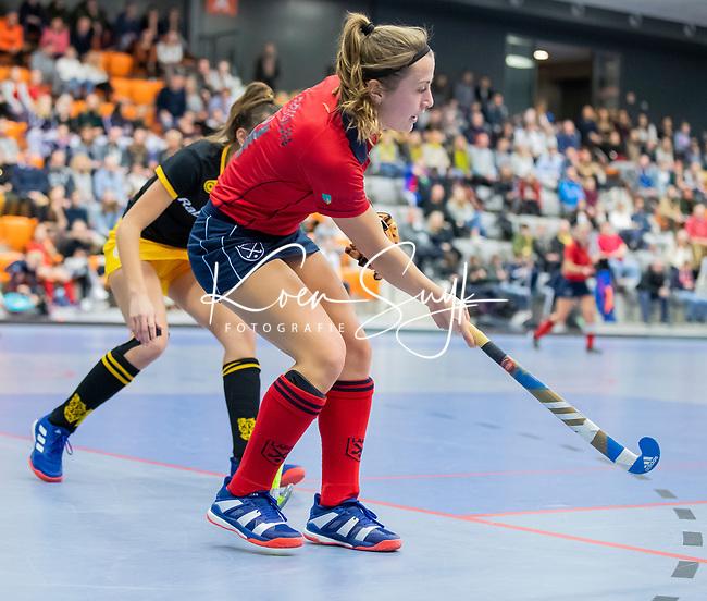 ROTTERDAM  - NK Zaalhockey,   halve finale dames Laren-Den Bosch. Laren wint. Klaartje de Bruijn (Lar)    COPYRIGHT KOEN SUYK