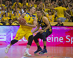 08.05.2018, EWE Arena, Oldenburg, GER, BBL, Playoff, Viertelfinale Spiel 2, EWE Baskets Oldenburg vs ALBA Berlin, im Bild<br /> in der Verteidigung..<br /> Karsten TADDA (EWE Baskets Oldenburg #9)<br /> Spencer BUTTERFIELD (ALBA Berlin #21 )<br /> Foto &copy; nordphoto / Rojahn