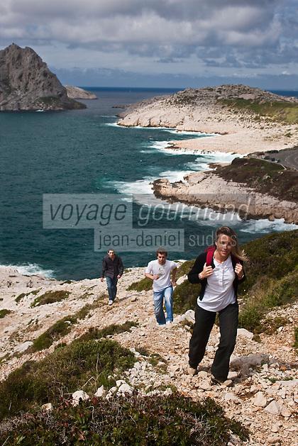 Europe/France/Provence-Alpes-Côte d'Azur/13/Bouches-du-Rhône/Marseille: randonnée pédestre à la Calanque de Callelongue