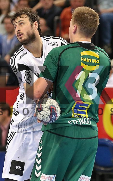 Kiel, 20.05.15, Sport, Handball, DKB Handball Bundesliga, Saison 2014/2015, THW Kiel - GWD Minden : Domagoj Duvnjak (THW Kiel, #04), Christoph Steinert (GWD Minden, #13)<br /> <br /> Foto &copy; P-I-X.org *** Foto ist honorarpflichtig! *** Auf Anfrage in hoeherer Qualitaet/Aufloesung. Belegexemplar erbeten. Veroeffentlichung ausschliesslich fuer journalistisch-publizistische Zwecke. For editorial use only.