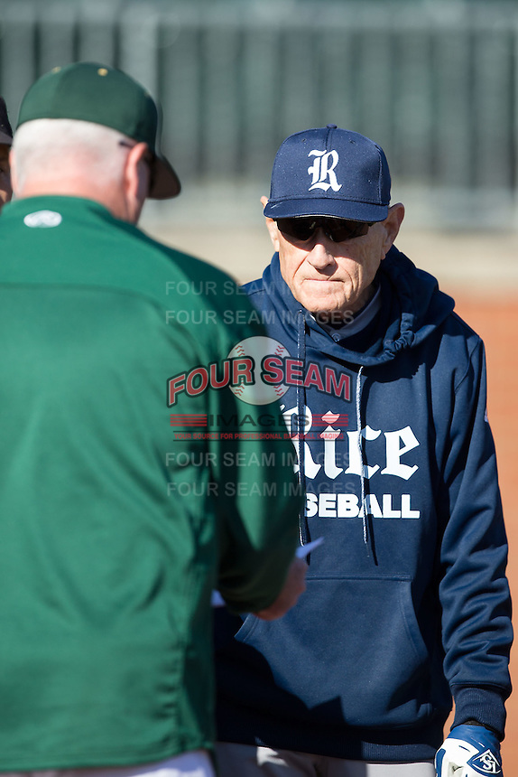 Rice Owls head coach Wayne Graham (right) exchanges lineup cards with Charlotte 49ers head coach Loren Hibbs  prior to the game at Hayes Stadium on March 6, 2015 in Charlotte, North Carolina.  The Owls defeated the 49ers 4-2.  (Brian Westerholt/Four Seam Images)