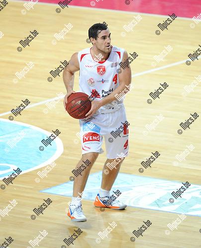 2013-11-02 / Basketbal / seizoen 2013-2014 / Antwerp Giants / Roel Moors<br /><br />Foto: Mpics.be