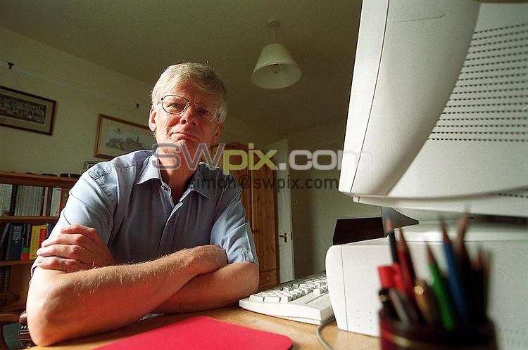 Pix: Simon Wilkinson/SWpix.com. Author Doctor Richard Woodhead . 6/07/2001...COPYWRIGHT PICTURE>>SIMON WILKINSON>>01943 436649>>..Author Doctor Richard Woodhead pictured at his home in Shipley.