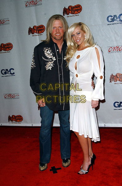 CODY McCARVER & GUEST.Songs of the Year Taping Presented by Cracker Barrel held at Schermerhorn Symphony Center, Nashville, Tennessee, USA, 05 November 2006..full length.Ref: ADM/GS.www.capitalpictures.com.sales@capitalpictures.com.©George Shepherd/AdMedia/Capital Picture.