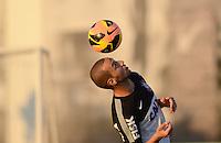 SÃO PAULO,SP, 12 julho 2013 -   Guilherme durante treino do Corinthians no CT Joaquim Grava na zona leste de Sao Paulo, onde o time se prepara  para para enfrenta o Atletico MG pelo campeonato brasileiro . FOTO ALAN MORICI - BRAZIL FOTO PRESS
