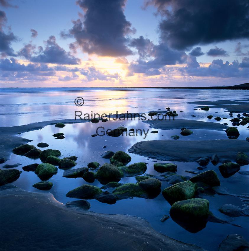 Ireland, County Sligo, Strandhill: Sunset over rockpool   Irland, County Sligo, Strandhill: Sonnenuntergang am Atlantik
