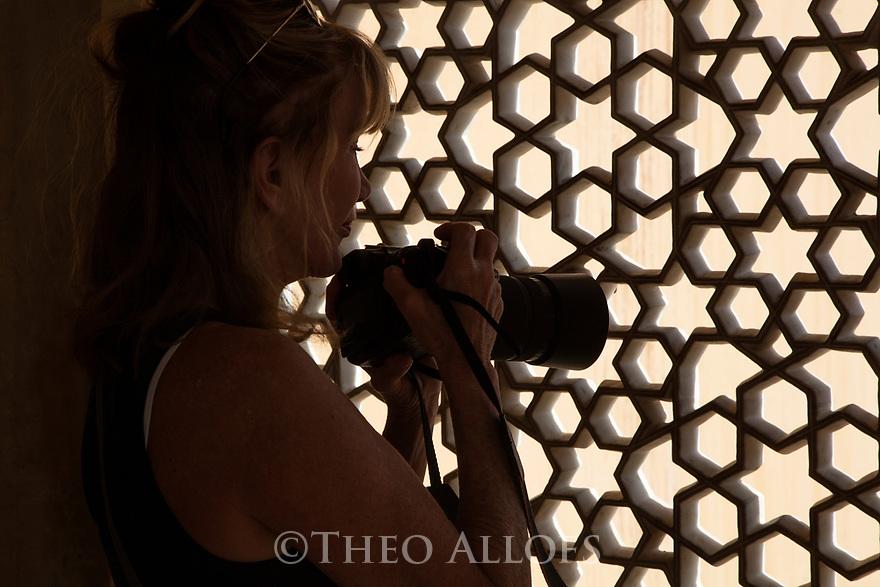 India, Jaipur, photographer in Jaipur City Palace