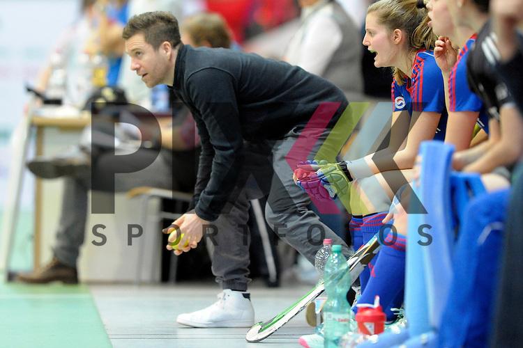 GER - Luebeck, Germany, February 06: During the 1. Bundesliga Damen indoor hockey semi final match at the Final 4 between Rot-Weiss Koeln (white) and Mannheimer HC (blue) on February 6, 2016 at Hansehalle Luebeck in Luebeck, Germany. Final score 1-2 (HT 0-2).   head coach Philipp Stahr of Mannheimer HC<br /> <br /> Foto &copy; PIX-Sportfotos *** Foto ist honorarpflichtig! *** Auf Anfrage in hoeherer Qualitaet/Aufloesung. Belegexemplar erbeten. Veroeffentlichung ausschliesslich fuer journalistisch-publizistische Zwecke. For editorial use only.