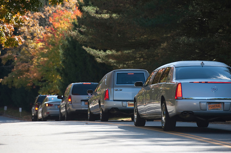 UNITED STATES - OCT 16 : A funeral hearse with former Senator Arlen Specter leaves the Har Zion Temple in Narberth, Pa. on October 16, 2012. (Photo By Douglas Graham/CQ Roll Call )