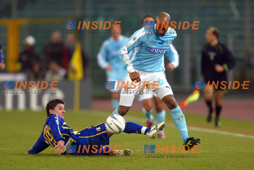 Roma 14/1/2004 - Coppa Italia<br /> Lazio Parma 2-0<br /> Benito Carbone (Parma) e Ousmane Dabo (Lazio)<br /> Foto Andrea Staccioli Insidefoto