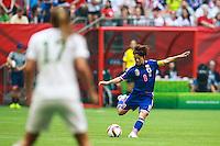 VANCOUVER, CANADÁ, 05.07.2015 - EUA-JAPÃO - Amy Rodriguez do Japão durante partida contra os Estados Unidos jogo válido pela final da Copa do Mundo de Futebol Feminino no Estádio BC Place em Vancouver  no Canadá neste domingo, 05. (Foto: William Volcov/Brazil Photo Press)