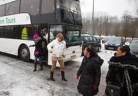 20-01-13, Tennis, Rotterdam, Wildcard for qualification ABNAMROWTT,  Bus met supporters  van Fabian van der Lans arriveert .