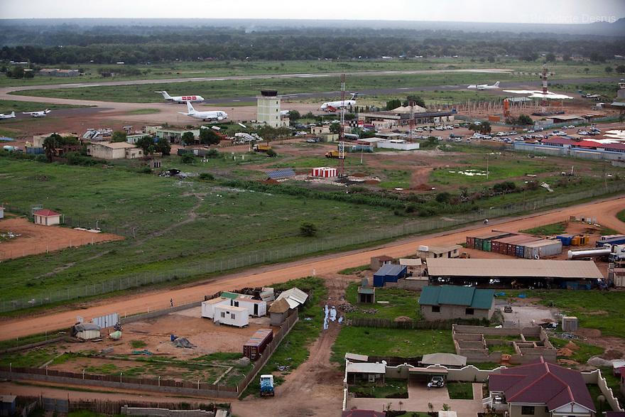 28 may 2010 - Western Equatoria, South Sudan - Aerial view of Juba, UN Airport, South Sudan. Photo credit: Benedicte Desrus