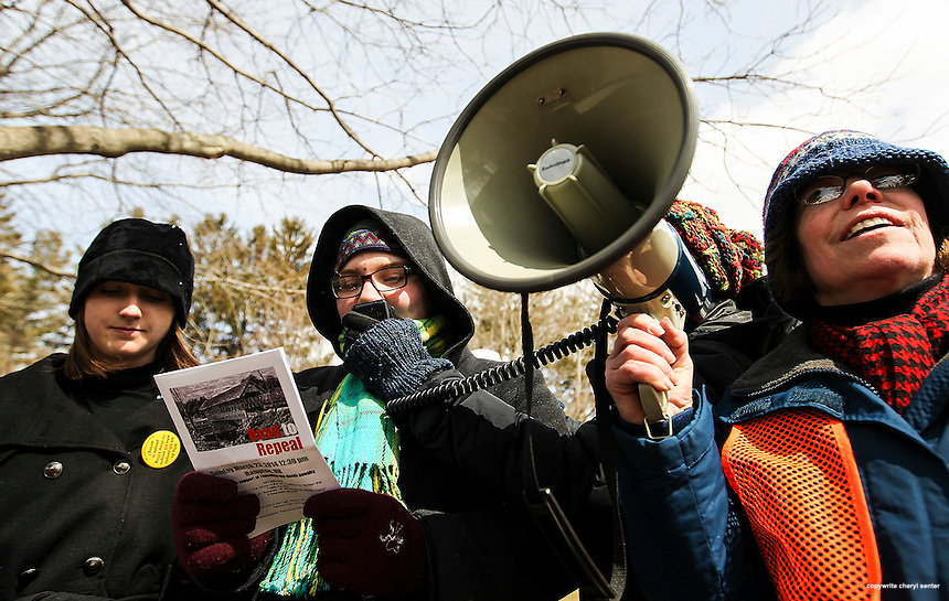 Hampton, N.H., Sunday, March 23, 2014: Phillips Exeter student Paige Harouse, 16, of Exeter, second from left, speaks during the Road to Repeal mobil vigil in support of repealing the death penalty.  Portsmouth Herald Photo Cheryl Senter