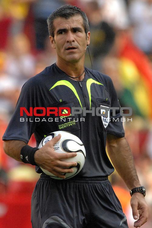 FIFA WM 2006 -  Gruppe E Vorrunde ( Group E )<br /> Play     #26 (17-Jun) - Tschechien - Ghana<br /> <br /> Schiedsrichter Horacio Elizondo (ARG)<br /> <br /> Foto &copy; nordphoto