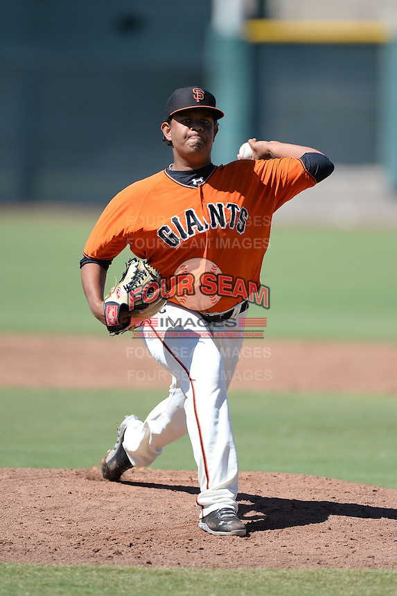 San Francisco Giants pitcher Carlos Diaz (59) during an instructional league game against the Arizona Diamondbacks on October 3, 2013 at Giants Baseball Complex in Scottsdale, Arizona.  (Mike Janes/Four Seam Images)