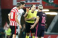Spanish referee Mateu Lahoz (2r) have words with Athletic de Bilbao's Oscar de Marcos (l) and Gorka Iraizoz (2l) and FC Barcelona's Leo Messi during La Liga match. August 28,2016. (ALTERPHOTOS/Acero) /NORTEPHOTO