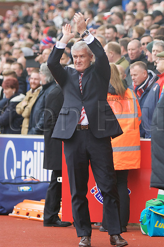 02.04.2016. Britannia Stadium, Stoke, England. Barclays Premier League. Stoke City versus Swansea City.  Stoke City manager Mark Hughes applauds the Stoke fans.