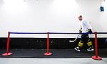 Stockholm 2014-09-27 Ishockey Hockeyallsvenskan AIK - Mora IK :  <br /> AIK:s Michael Nylander p&aring; v&auml;g in till omkl&auml;dningsrummet efter uppv&auml;rmningen inf&ouml;r matchen mellan AIK och Mora <br /> (Foto: Kenta J&ouml;nsson) Nyckelord:  AIK Gnaget Hockeyallsvenskan Allsvenskan Hovet Johanneshovs Isstadion Mora MIK  portr&auml;tt portrait