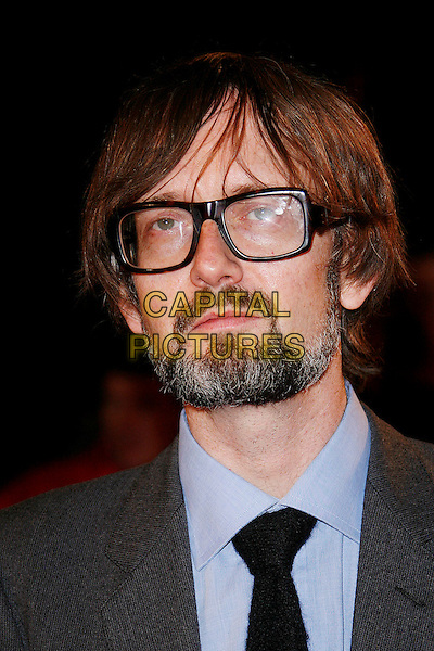 """JARVIS COCKER .Opening Gala of the 2009 London Film Festival - the World Premiere of """"Fantastic Mr Fox"""" at the Odeon, Leicester Square, London, England, UK, October 14th 2009.portrait headshot beard facial hair glasses blue shirt black tie grey gray .CAP/DAR.©Darwin/Capital Pictures."""