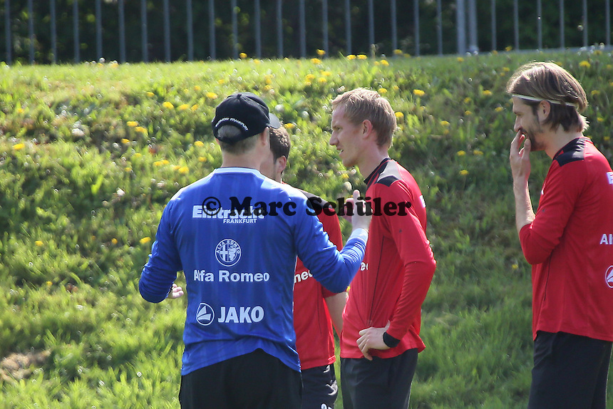 Trainer Armin Veh mit Jan Rosenthal (Eintracht) - Eintracht Frankfurt Training, Commerzbank Arena