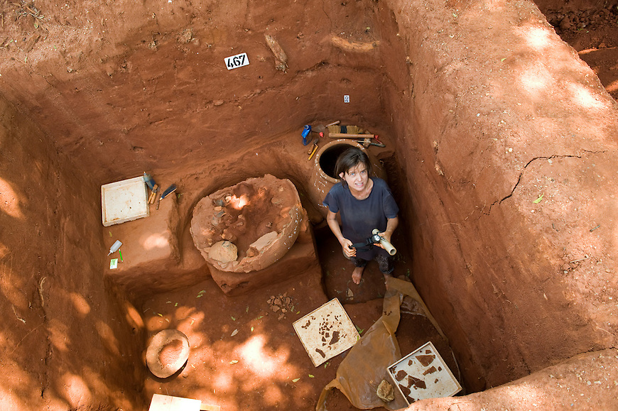 Archaeological excavations in Auroville. 2015