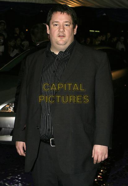 JOHNNY VEGAS.British Comedy Awards 2004, London Television Studios, London, December 22nd 2004..half length jonny.Ref: AH.www.capitalpictures.com.sales@capitalpictures.com.©Capital Pictures.
