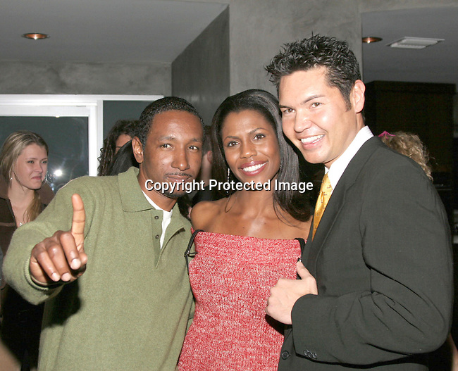 Dres , Omarosa Manigault-Stallworth &amp; Jeff Morgan<br />The Winter LA Celebrity Charity Event to honor Sound Art and Black Sheep<br />Private Residence<br />West Hollywood, CA, USA<br />Sunday, December 05th, 2004<br />Photo By Celebrityvibe.com/Photovibe.com, <br />New York, USA, Phone 212 410 5354, <br />email: sales@celebrityvibe.com
